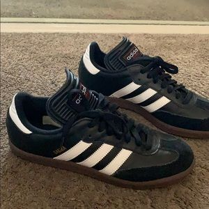 Classic Adidas Men Shoes